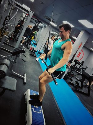 personal trainer near me uk